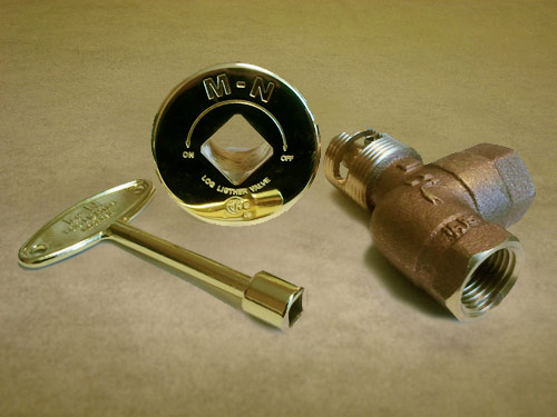 Angle Manual Ball Valve w/ Polished Brass Flange / Key